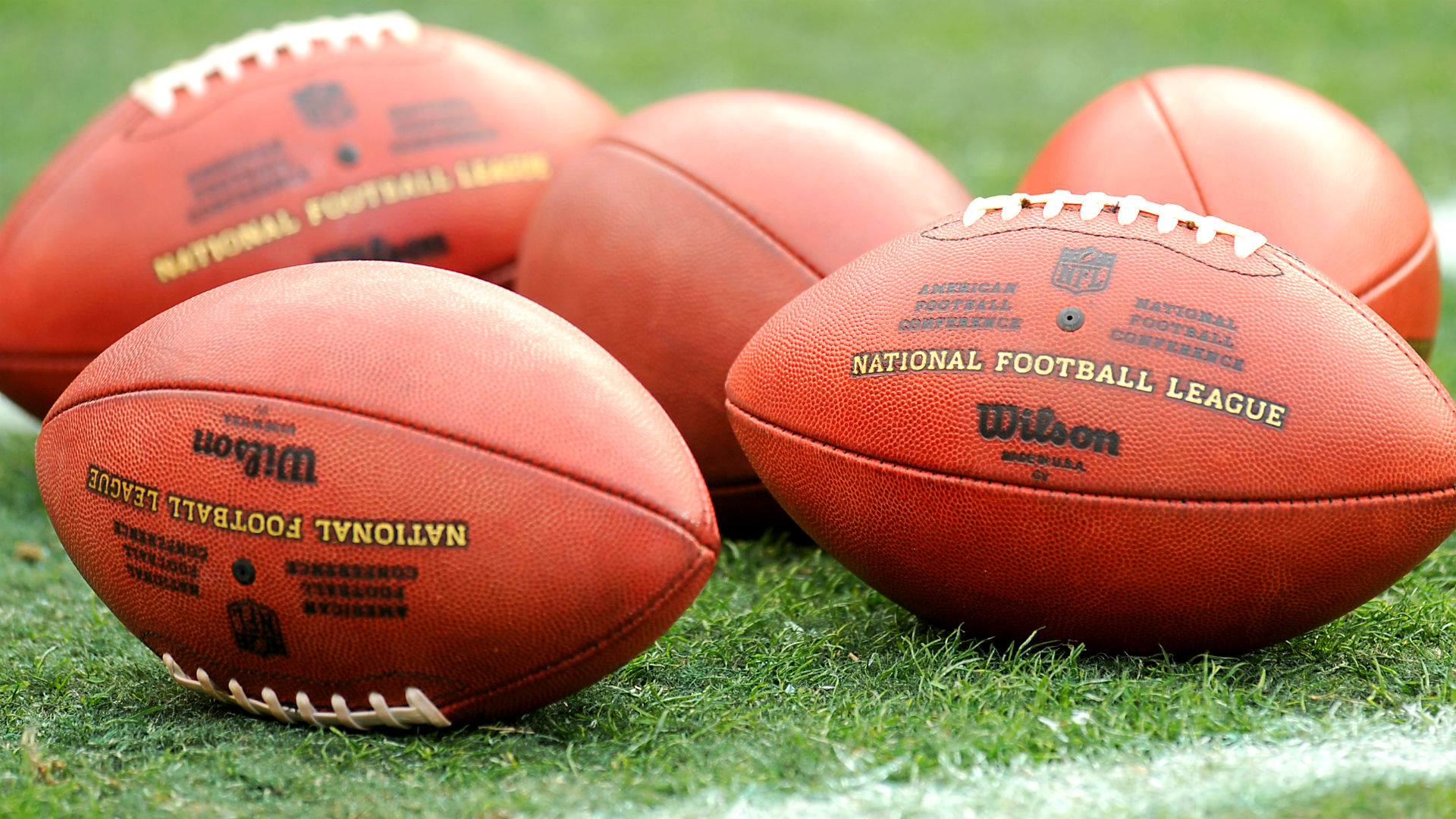 nflfootballs-getty-ftr.jpg