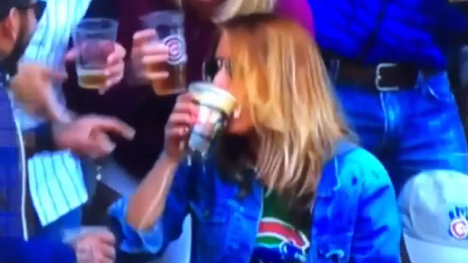 Cubs fan chugs beer after catching baseball in cup