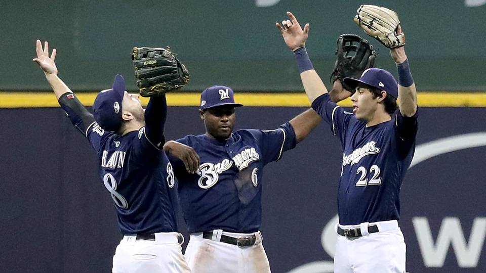 Brewers-win-Game-1-101318-Getty-FTR.jpg