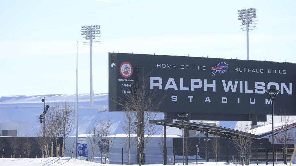 Ralph-Wilson-Stadium-112014-AP-FTR