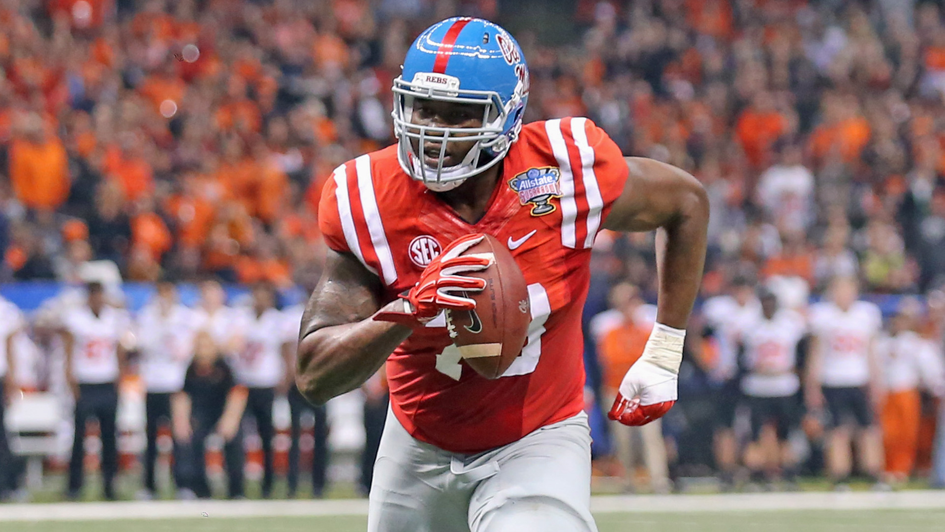 Laremy Tunsil lobbying Dolphins to let him play tight end