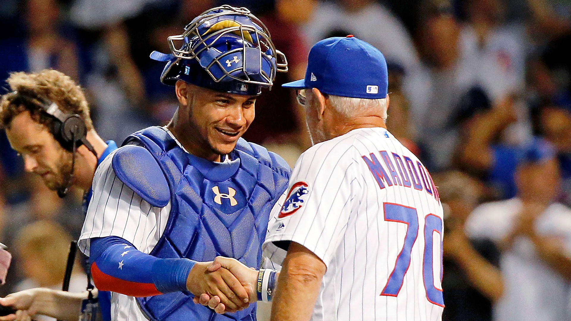 Willson-contreras-joe-maddon-cubs-getty-ftr-072917_zs8ga261trtp1cdyl191pi3w0