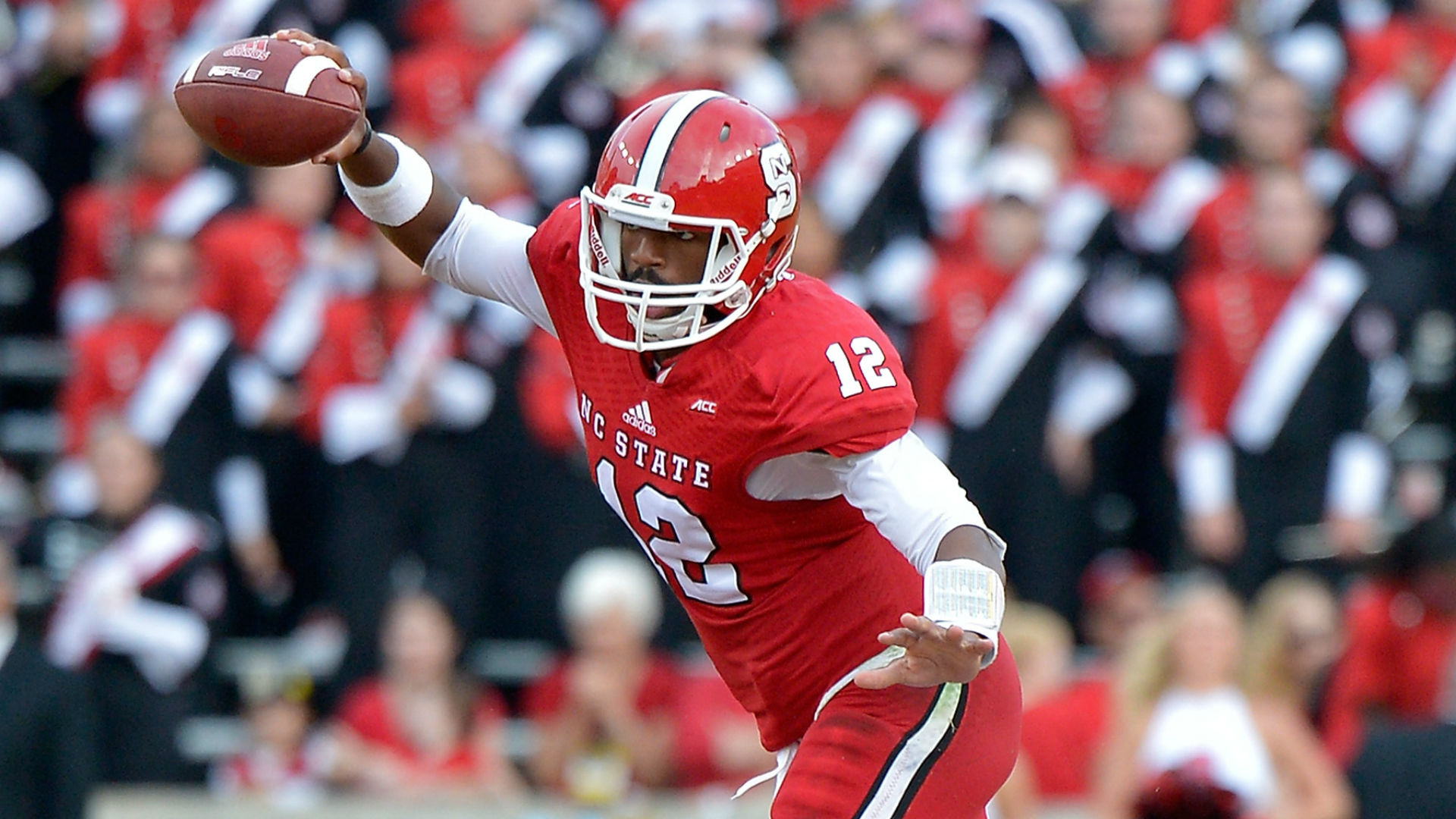 N.C. State vs. UCF betting lines and pick - Knights laying points in St. Petersburg Bowl
