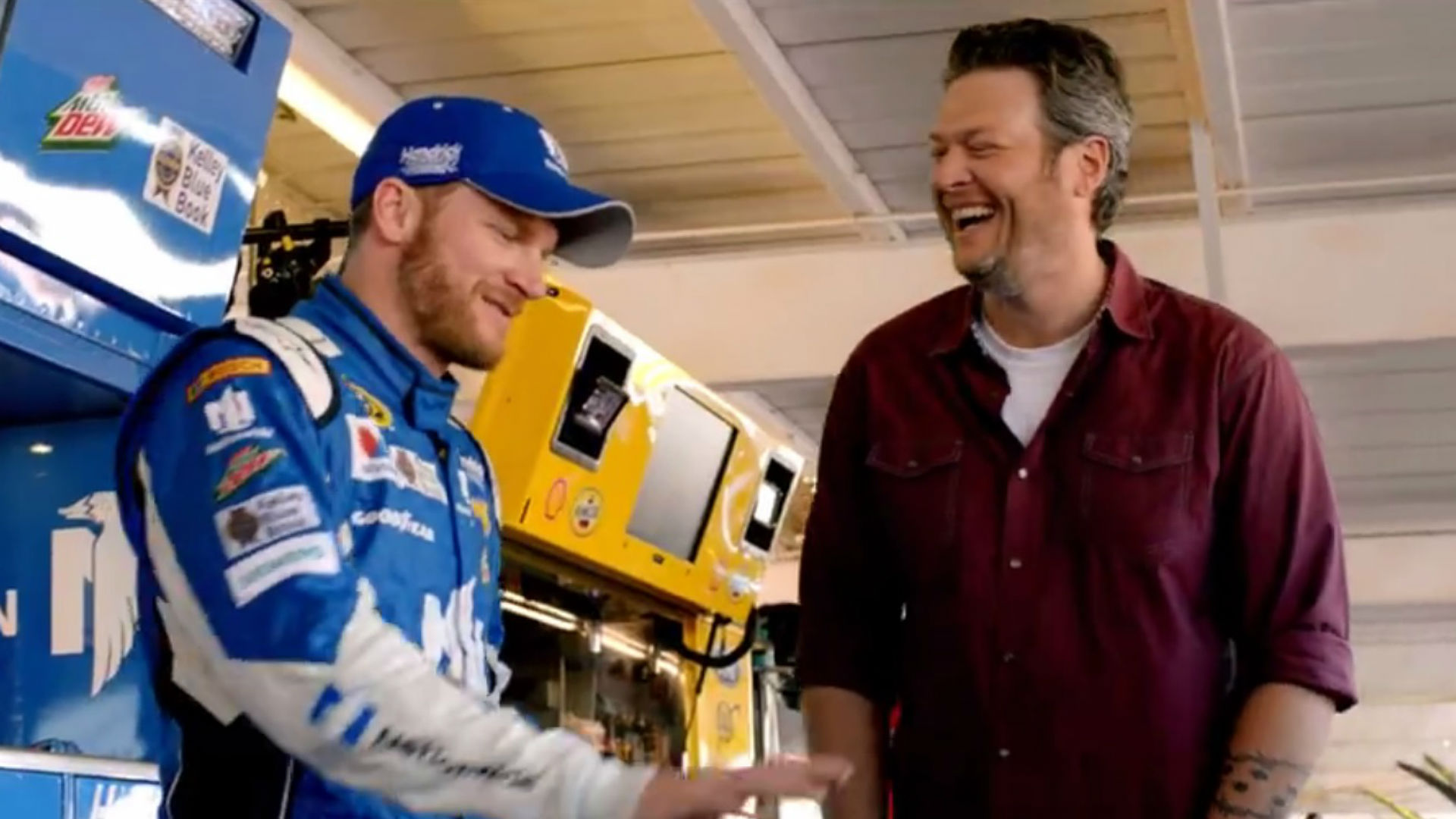 "Blake Shelton, NBC Sports ""Bringing Back the Sunshine"" for NASCAR debut"