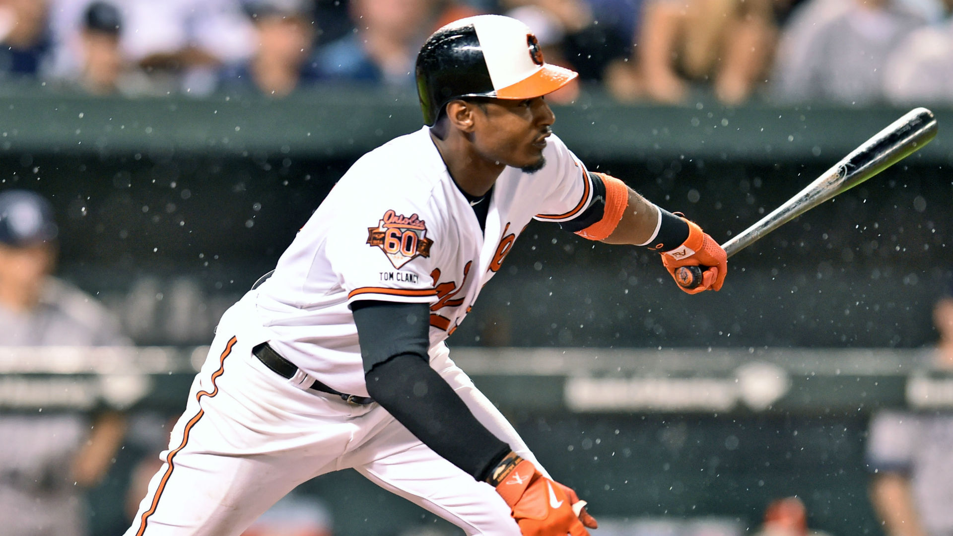 Daily fantasy baseball lineup: Monday's buy/sell picks in DraftKings leagues
