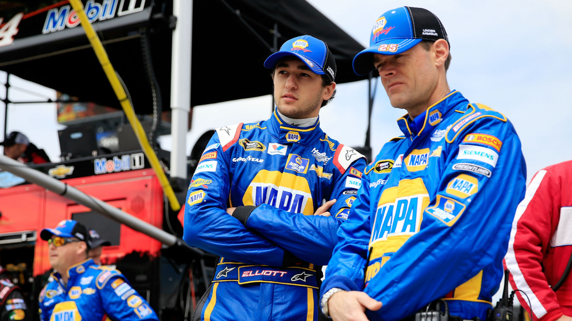 Chase Elliott getting more comfortable with adjustment to Sprint Cup racing