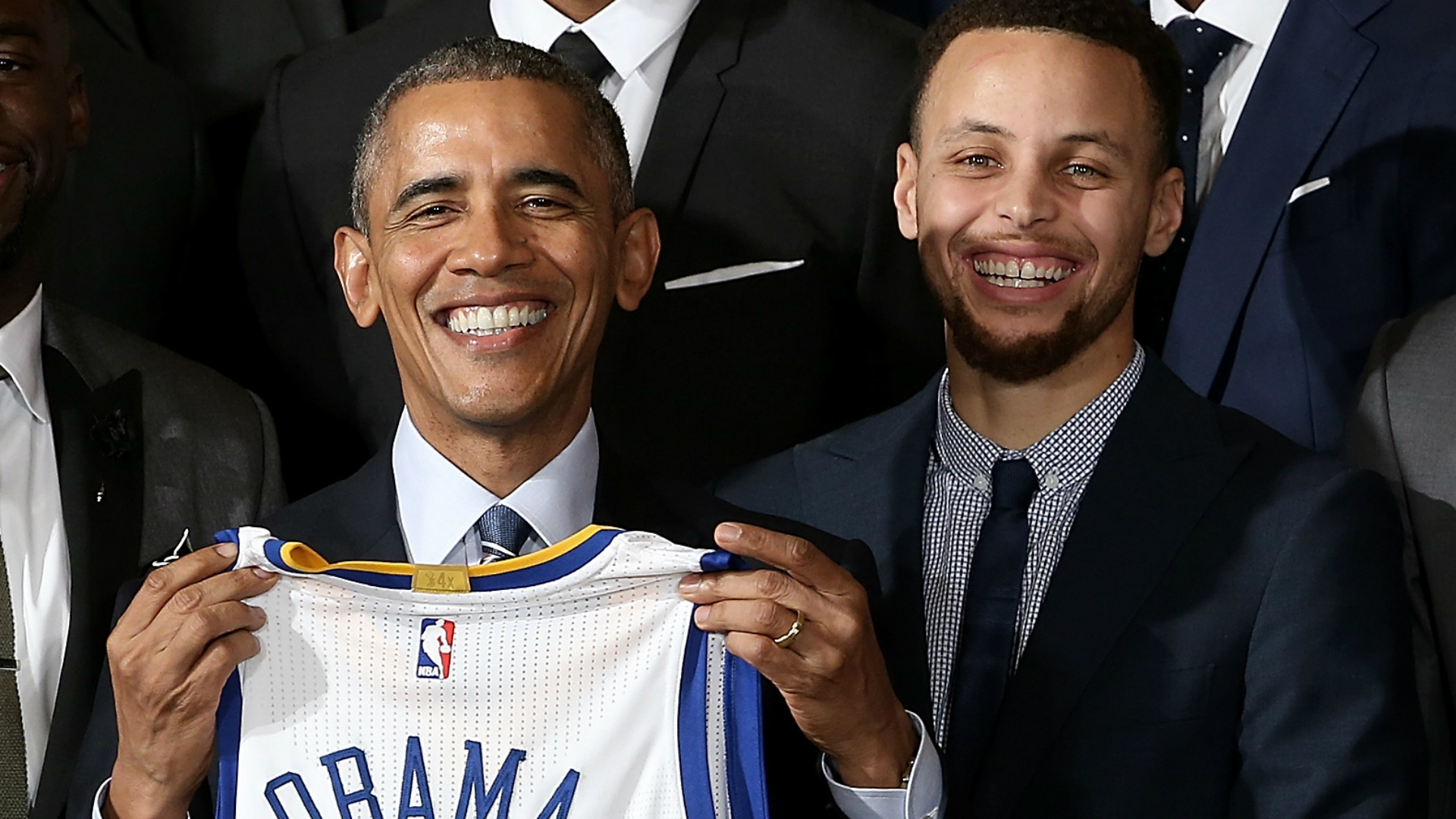 Barack-Obama-Stephen-Curry-Getty-FTR-031416