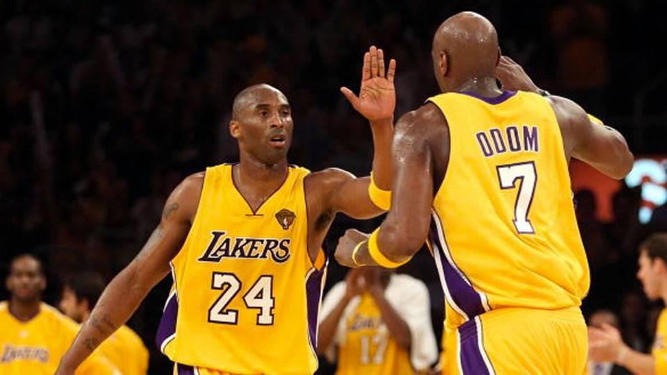 Kobe Bryant reportedly left arena to visit Lamar Odom in hospital ... ef9dde744