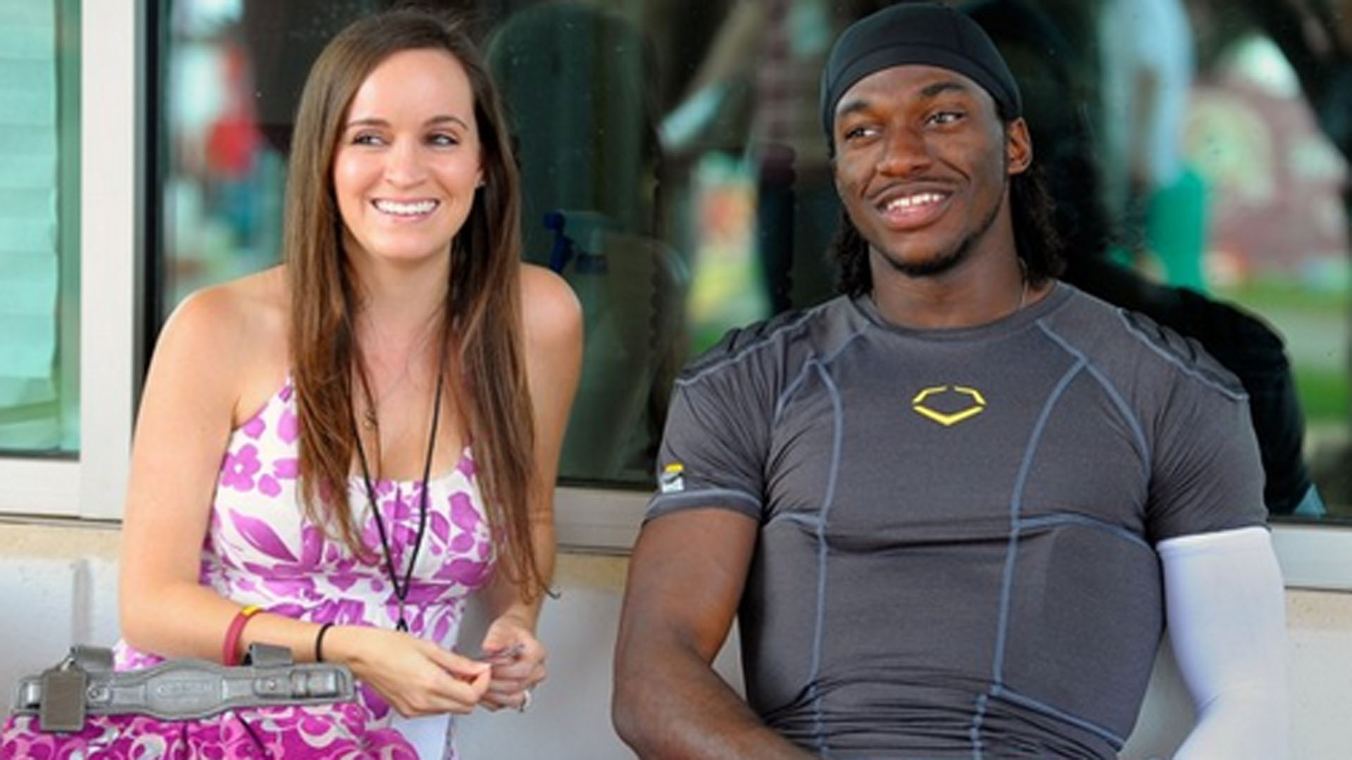 rg3 dating a white girl (08-12-2016 01:31 am) menaceii wrote: my first post, but yeah, there's nothing respectable about receiving debasing treatment to walk into a club and be subject to further debasement from the clubbers.