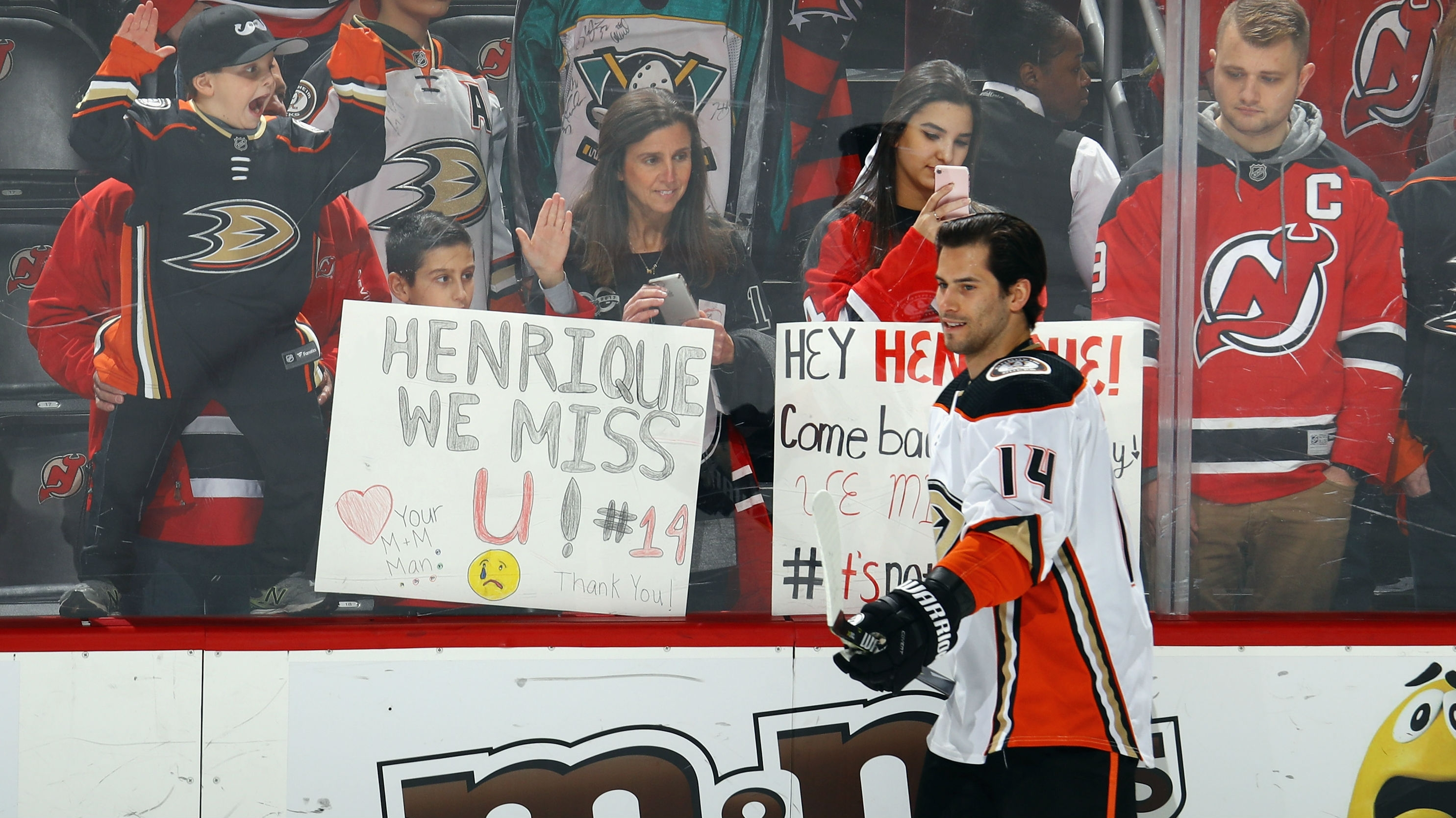 88bd30319 Devils pay tribute to Adam Henrique