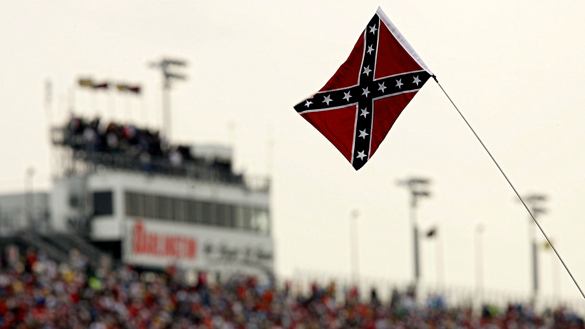 NASCAR tracks unite to discourage display of Confederate flag at races