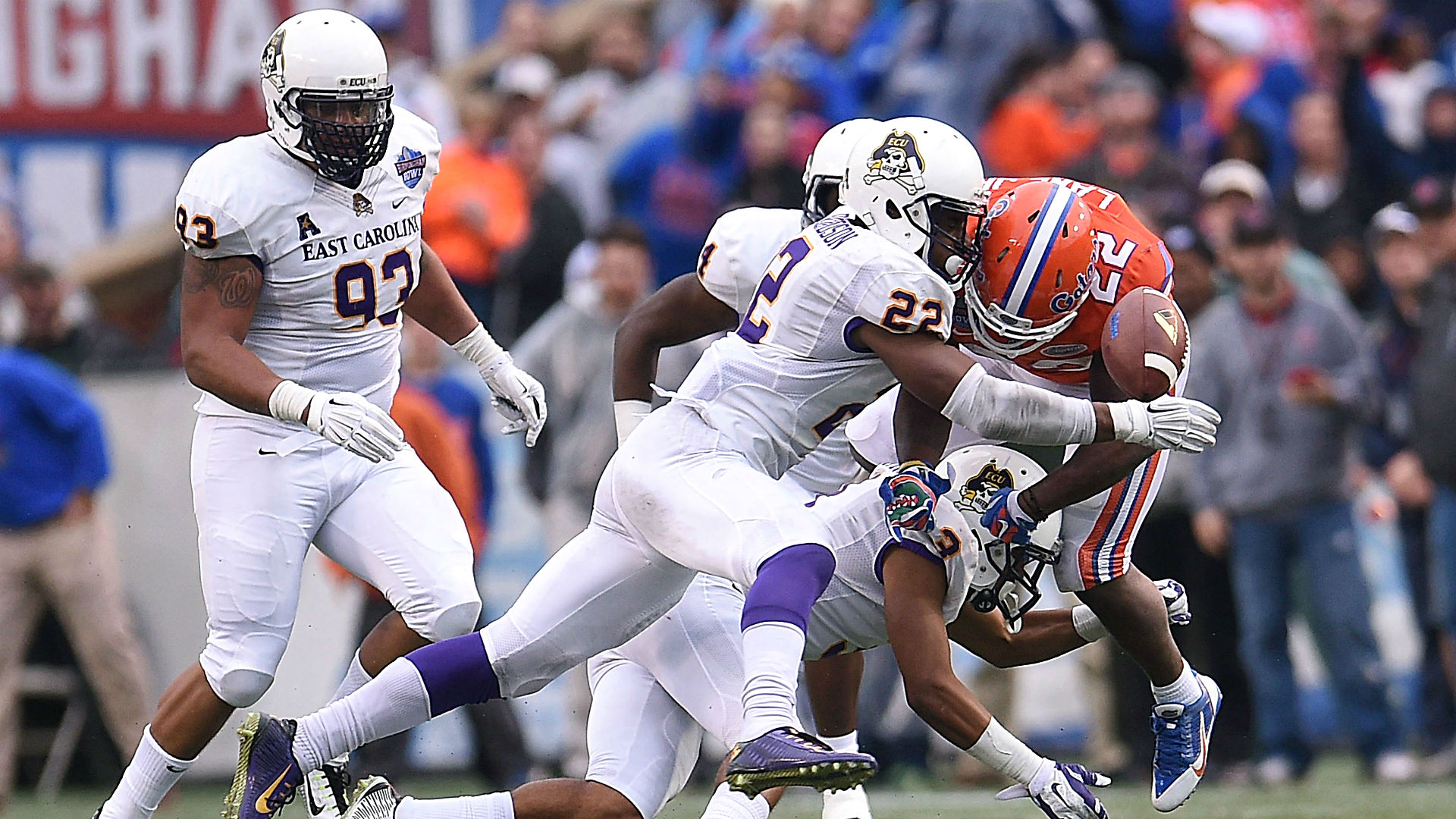 East Carolina at Central Florida betting lines and pick — Pirates double-digit favorites