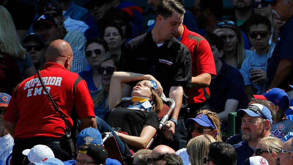 wrigley-fan-injured-102615-getty-ftr.jpg