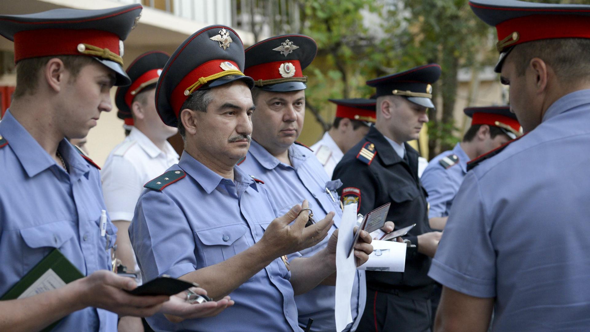 russianpolice011914-ap-ftr.jpg