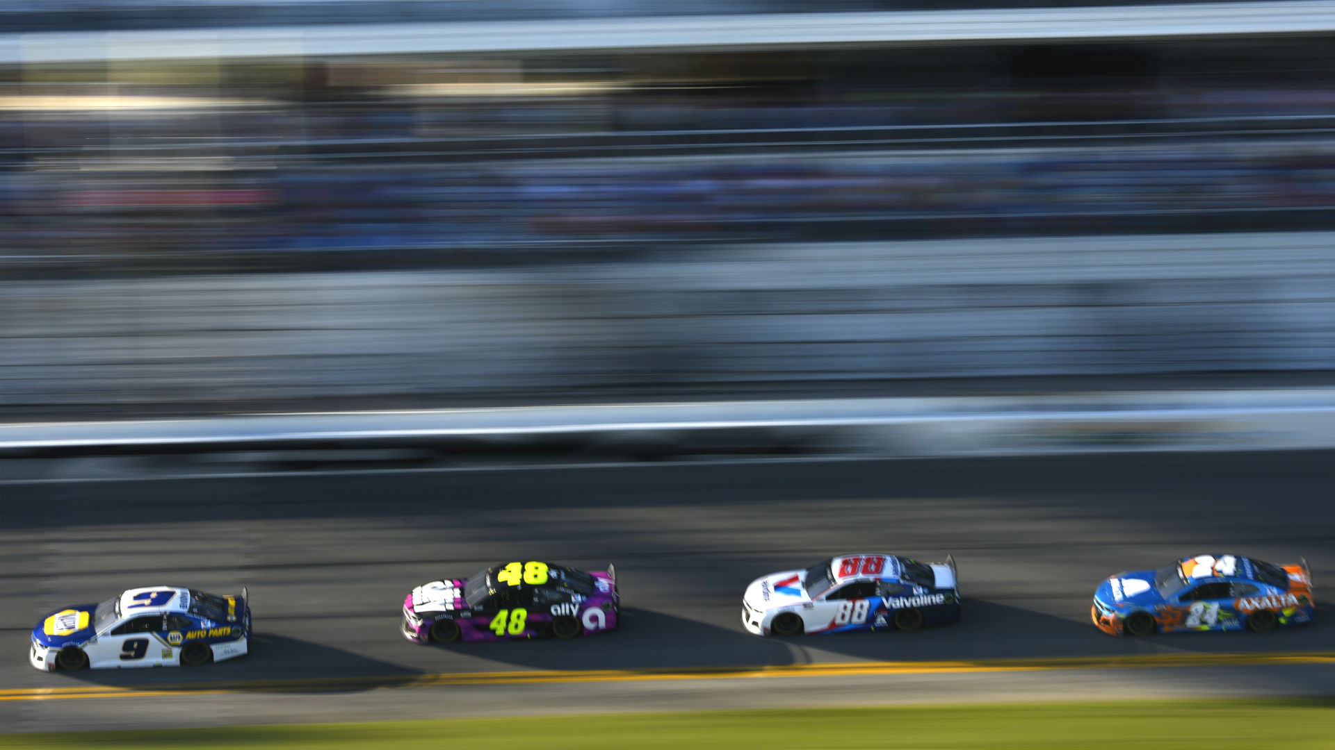 Chase Elliott pumps the brakes: Hendrick Motorsports' apparent resurgence means nothing in March
