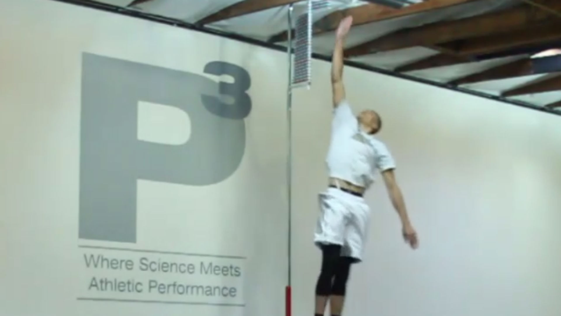 Zach LaVine shows off insane athleticism with a 44-inch vertical jump