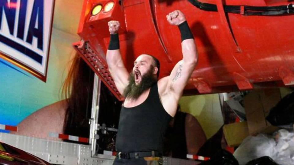 Braun-Strowman-WWE-FTR-110317
