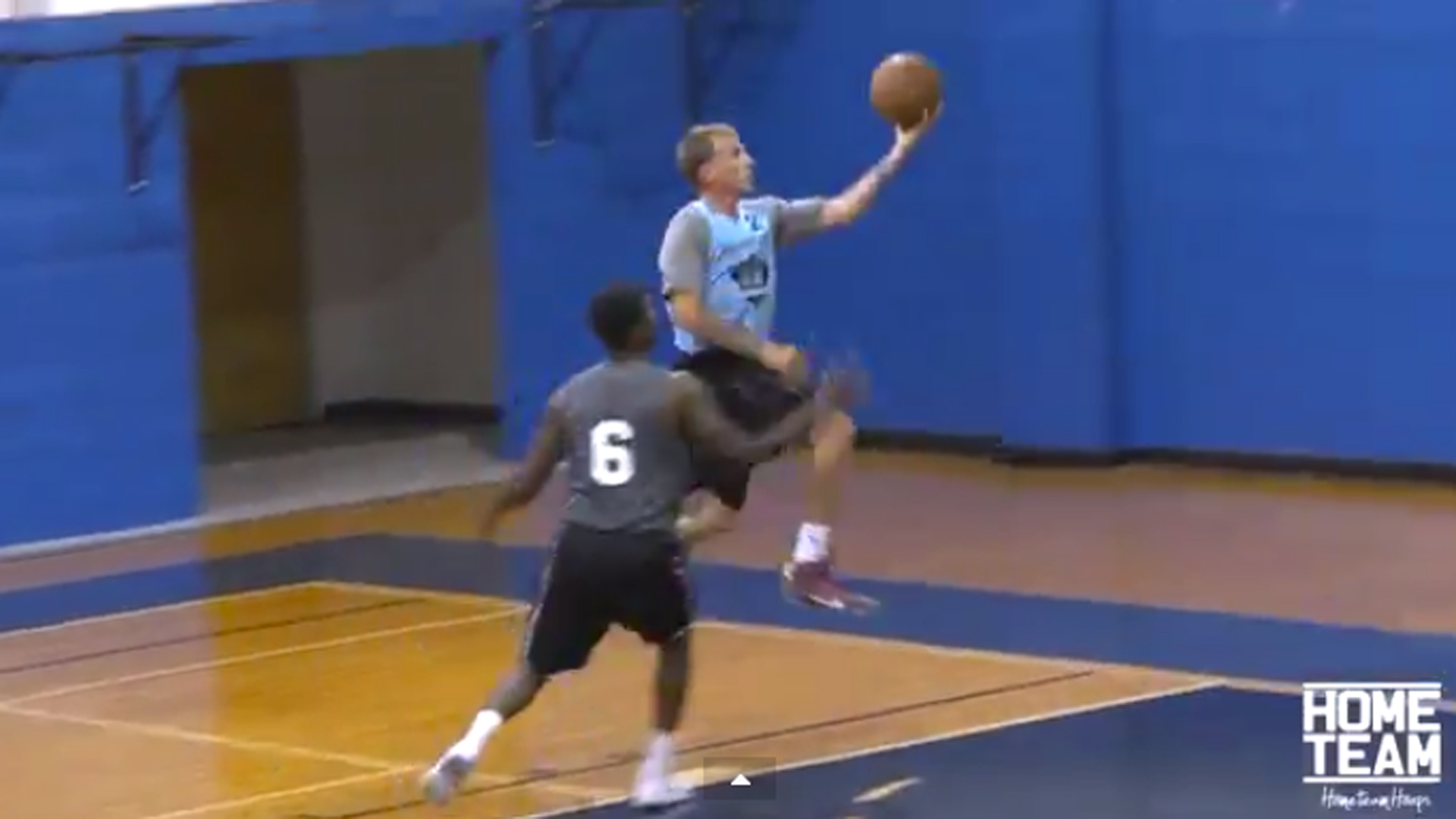 Jason 'White Chocolate' Williams still has killer handles ... at 39