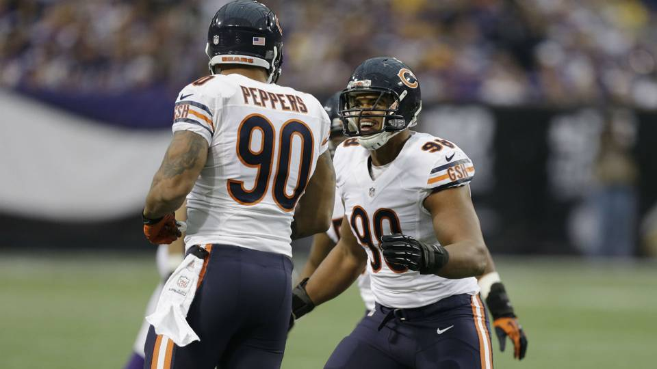 Bears_Defense_121813_AP