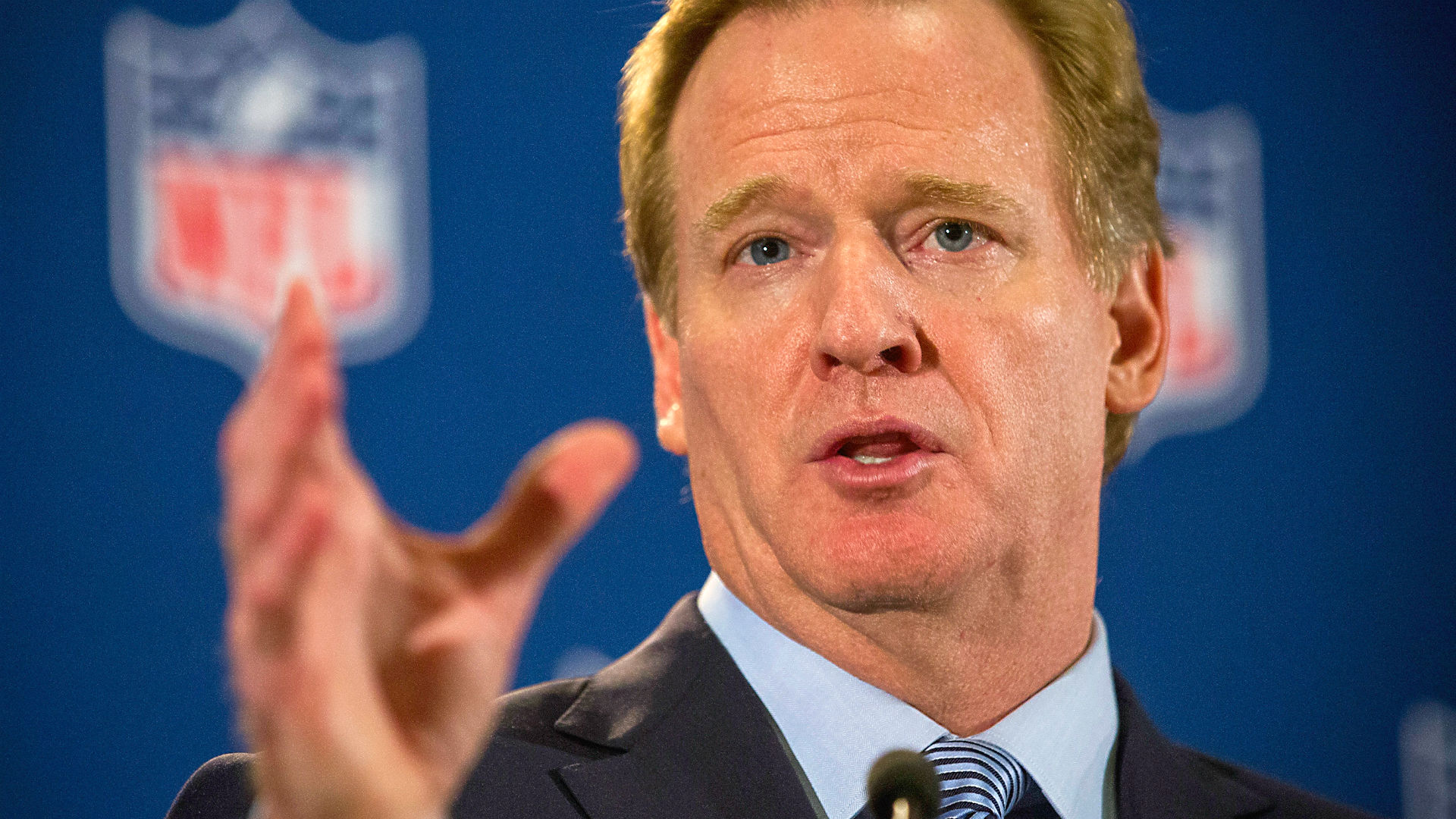 goodell-roger122014-getty-ftr.jpg