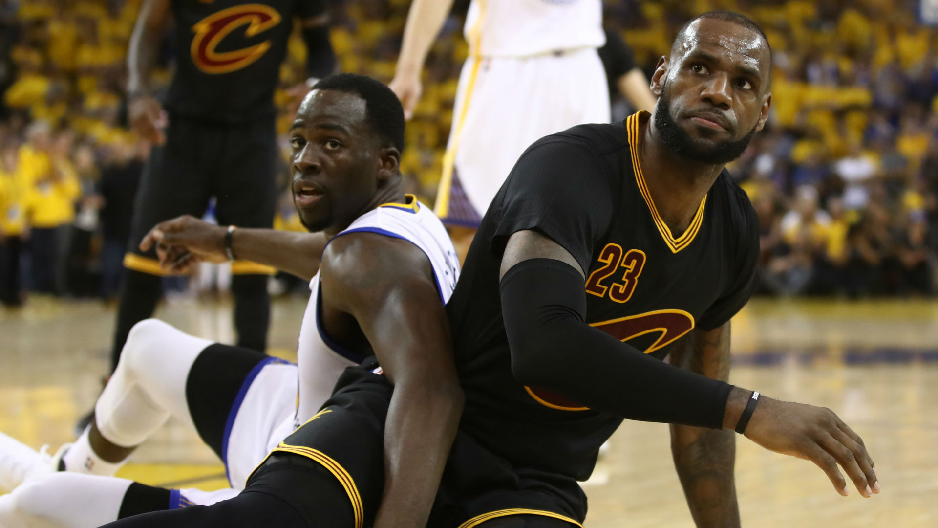 "Draymond Green Wins Petty Championship With ""Quickie"" T-Shirt Mocking Cavs [VIDEO]"