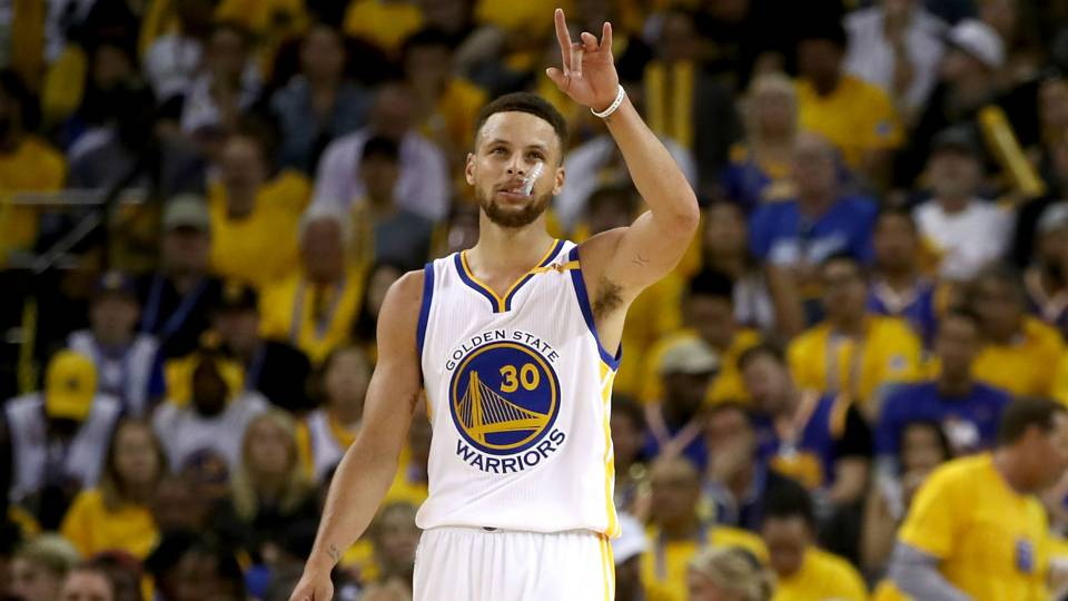 Stephen Curry's Game 2 sideline 'nap' makes internet mad | NBA | Sporting News