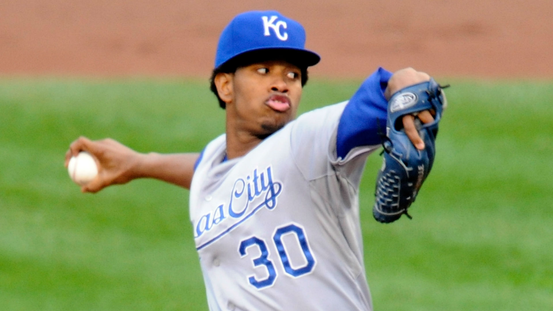 World Series Game 2 odds and pick - Royals, Ventura favored to even series