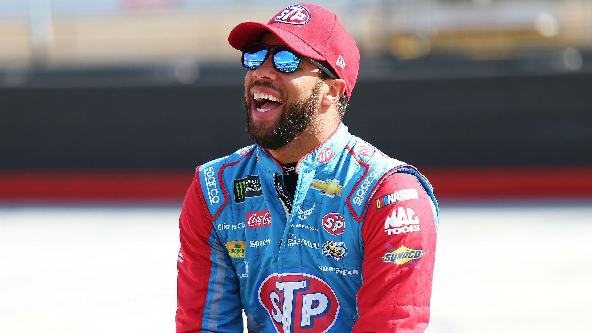 Bubba Wallace gets stuck inside bus, escaped through toilet hatch
