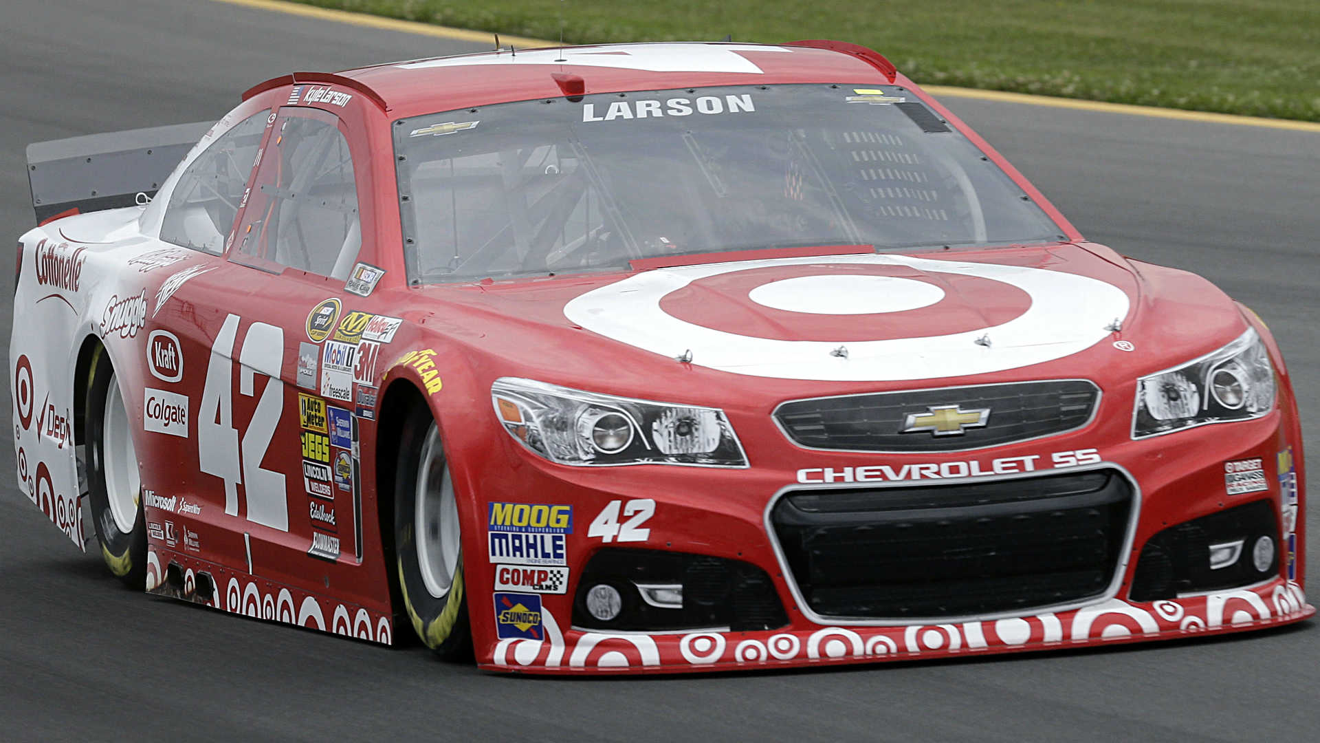 Kyle Larson Earns First Cup Pole Now Eyes Win