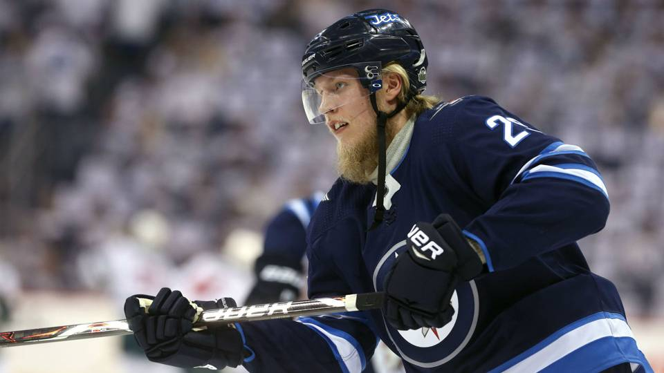 Patrik Laine ditches beard, in 'no rush' to sign contract extension with Jets