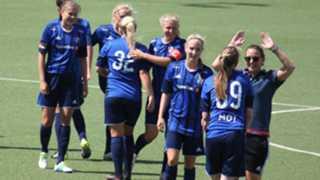 Jenten feier seieren over Team Viborg