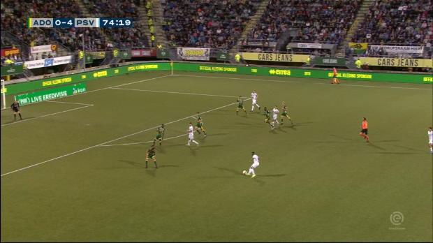 Gutierrez' Traum(tor)einstand bei PSV-Gala