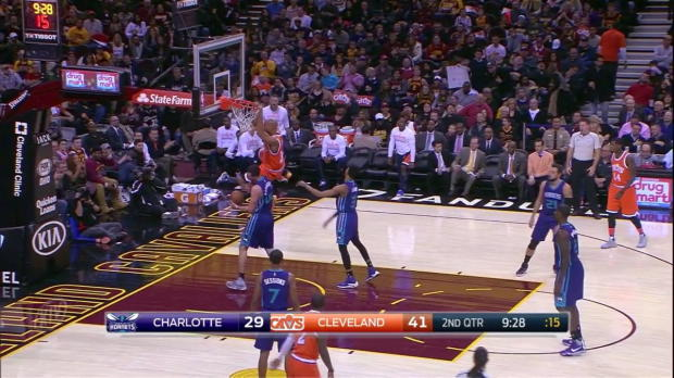 WSC: LeBron James with 10 Assists against the Hornets