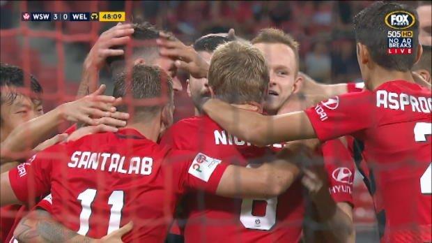 Santa scores record-breaker for Wanderers