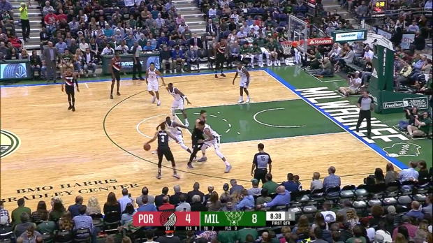 WSC: Highlights: CJ McCollum (26 points) vs. the Bucks, 10/21/2017