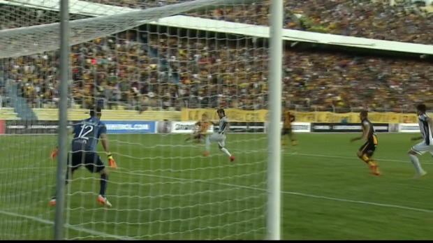 Libertadores, il gol da album Panini di Chumacero