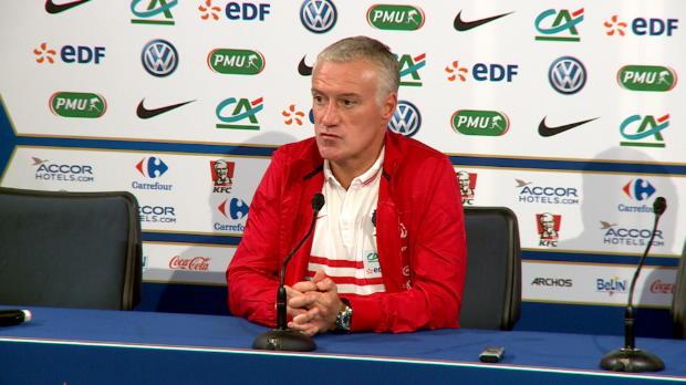 Bleus - Deschamps : 'Payet et Valbuena jouent au m�me poste en club'