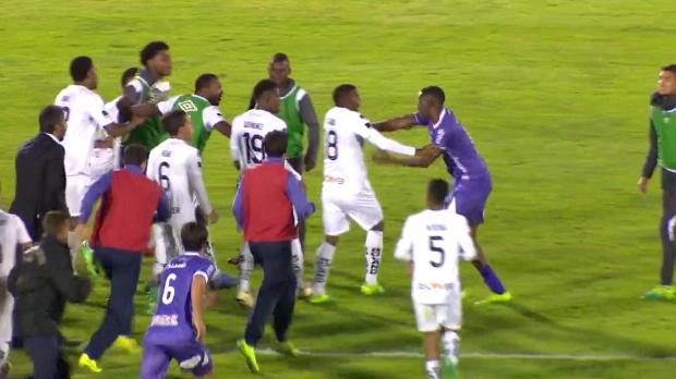 Copa Sudamericana: Frust! Spieler rastet aus