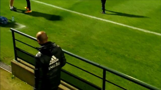 لقطة: كرة قدم: جدية بالغة تطبع تدريبات منتخب البرتغال تحت إشراف مارتينيز وهنري
