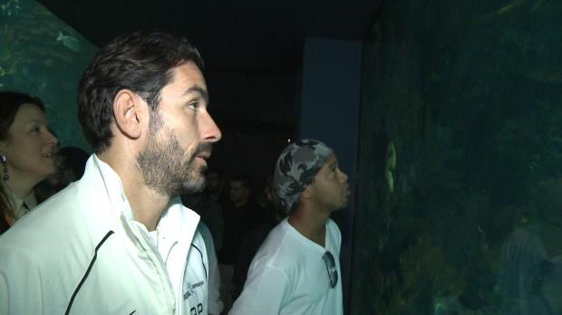 Ronaldinho paralizado en un acuario for Acuarios zona norte