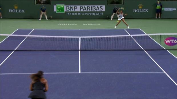 Boom! Krachende Venus-Vorhand gegen Serena