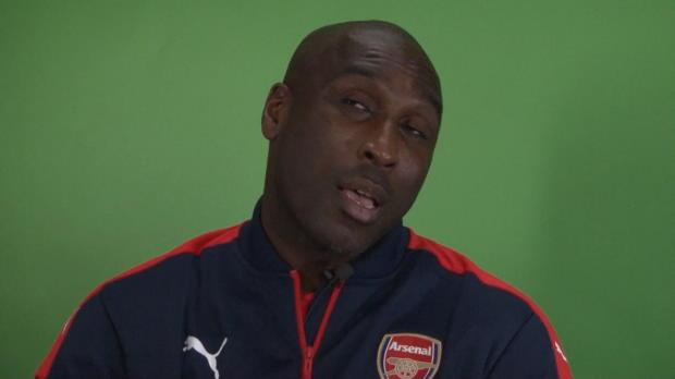 Campbell: Arsenal läuft Erzrivalen hinterher