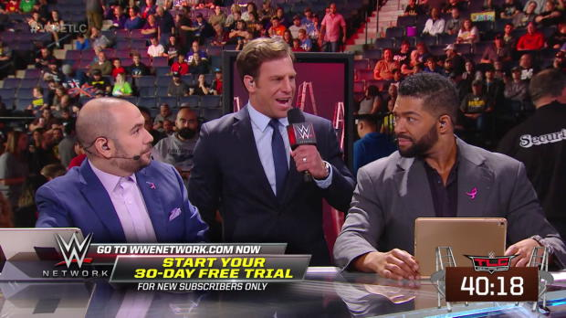 Drew Gulak breaks out his megaphone and crashes the Kickoff panel: WWE TLC: Tables, Ladders & Chairs Kickoff 2017
