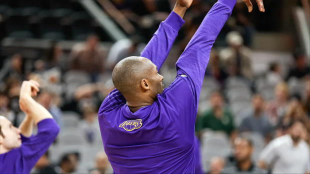San Antonio Spurs Honor Kobe Bryant