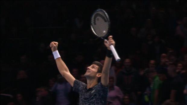 TENNIS: ATP-Finals: Djokovics krachender Halbfinal-Sieg