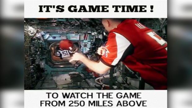 È Super Bowl anche nello spazio!
