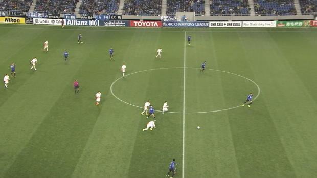 AFC-CL: Geniestreich aus 40 Metern gelingt