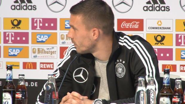 """Podolski zu Scherzen aufgelegt: """"Lacht ruhig"""""""