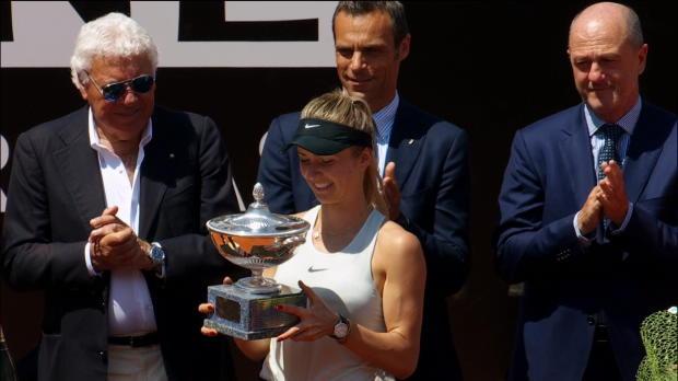 Rome - Svitolina écrase Halep et envoie un message avant Roland Garros