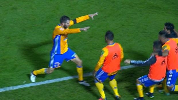 Liga MX: Gignac mit Zauber-Tor und Hypnose-Jubel